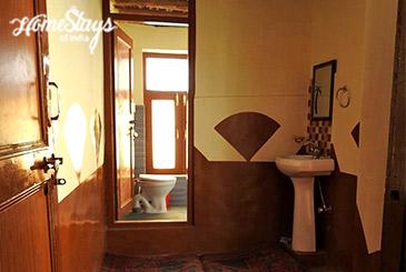 Bathroom_Mudh Homestay