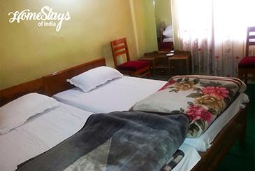 Bedroom2_Mulbekh Homestay