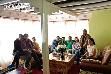 Drawing Room_Mulbekh Homestay