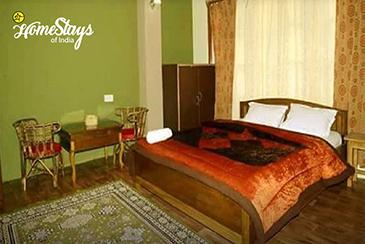 Bedroom4_Lachen-Homestay