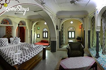 King's-Room_Lotwara-Heritage-Homestay