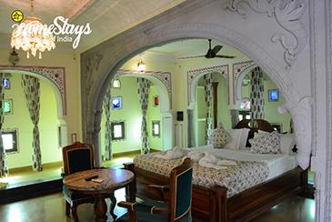 Queen's-Room-3_Lotwara-Heritage-Homestay