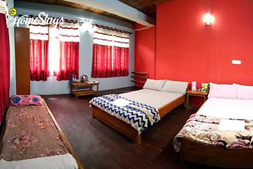Bedroom2_Temi-Hertitage-Homestay-Namchi