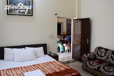 Bedroom 1_Berajhal-Homestay-Corbett