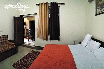 Bedroom-2_Berajhal-Homestay-Corbett