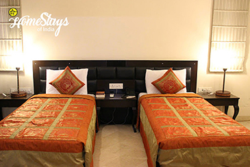 Bedroom-2_Tajganj-Homestay-Agra