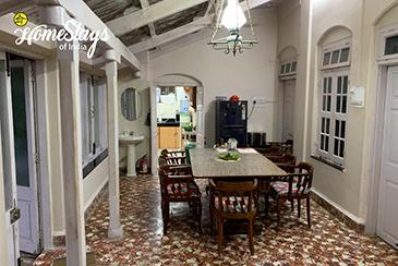 Dinning Hall_Bordi Homestay