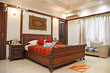 Renaissance Room 1_Minto Park Boutique Homestay-Kolkata
