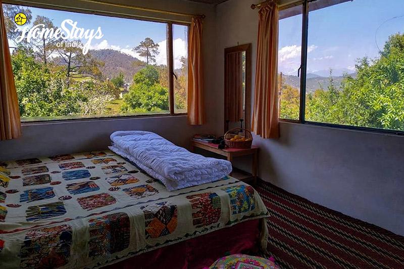 Destination ideas for valentine's trip Chaukori
