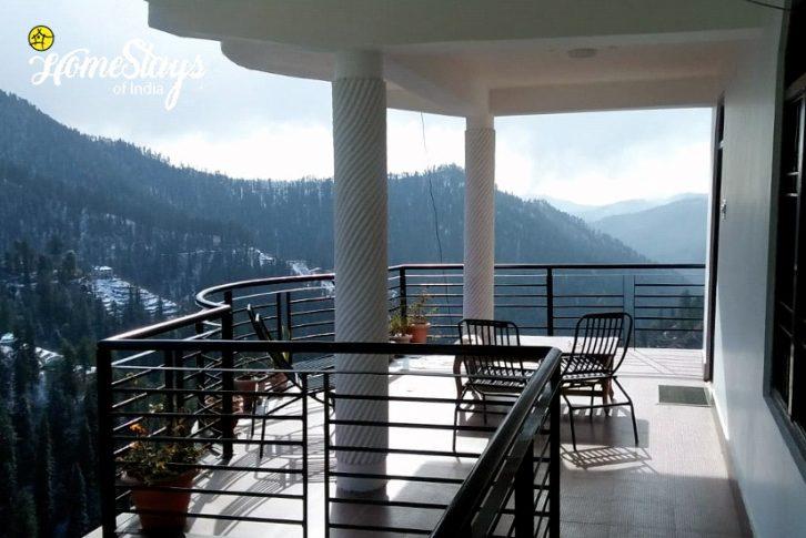 Balcony-3_Narkanda-Homestay