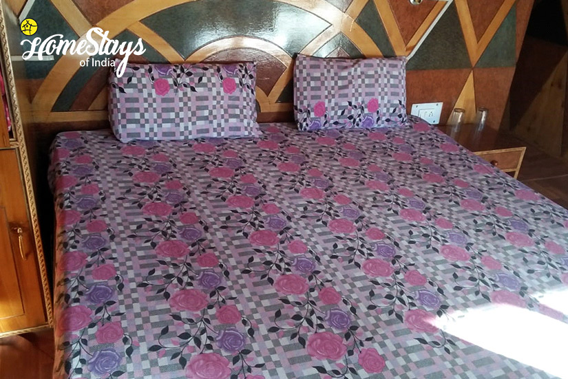 Bedroom-2__Narkanda-Homestay