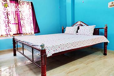Bedroom1_Uzanbaza Homestay-Guwahati