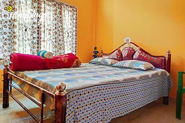 Bedroom2_Uzanbaza Homestay-Guwahati
