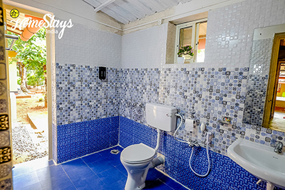 Airy-Bathrooms_Channdaka-Homestay-Bhubneswar