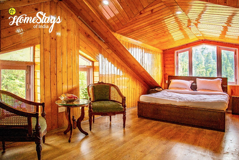Attic-2_Kanlog Boutique Homestay-Simla