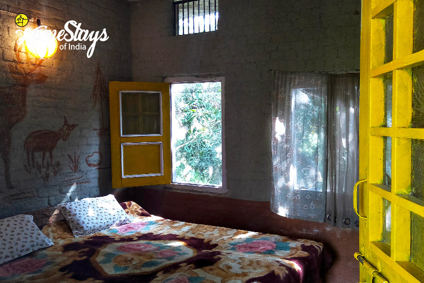 BedRoom-2_Pawalgarh-Homestay