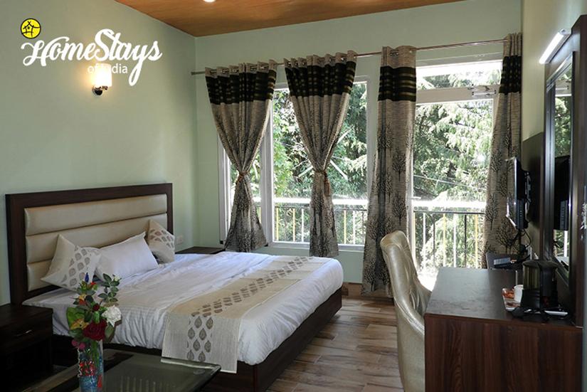 BedRoom 4_Bakrota Hills Homestay_Dalhousie