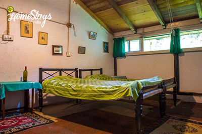BedRoom-the-retreat-bhimtal