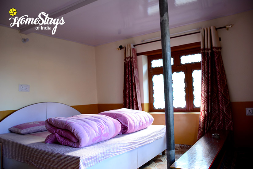 BedRoom2_Mudh Homestay-Spiti