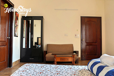 Bedroom-4_Dream-City-Homestay-Amritsar