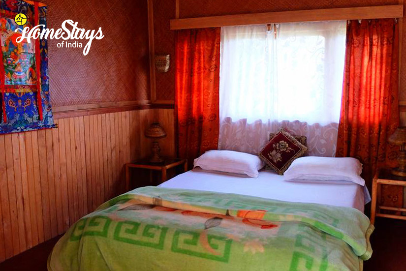 Bedroom5_Khecheopalri-Homestay-Sikkim