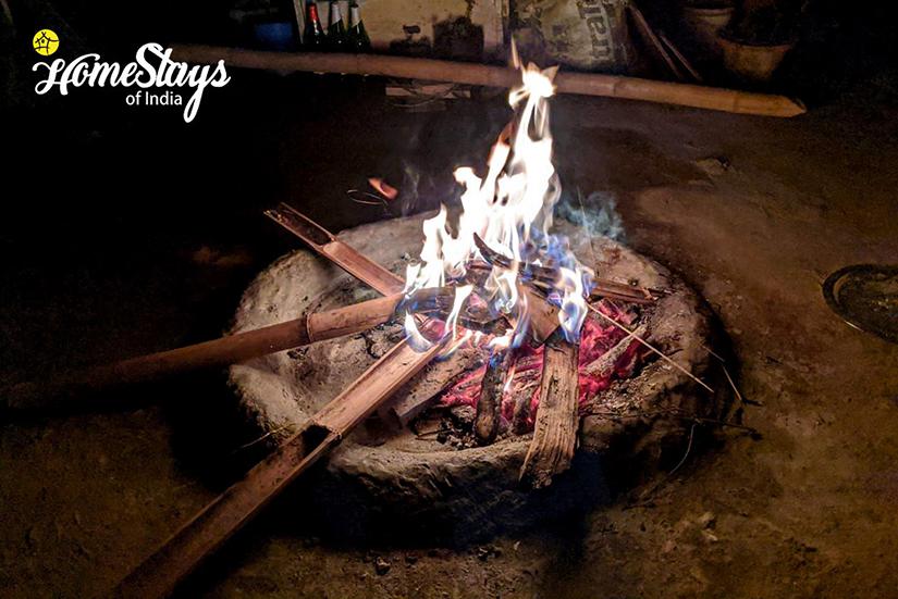 BonFire_Karongthang Homestay