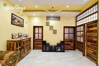 Common-Area_Vaisali-Homestay-Jaipur