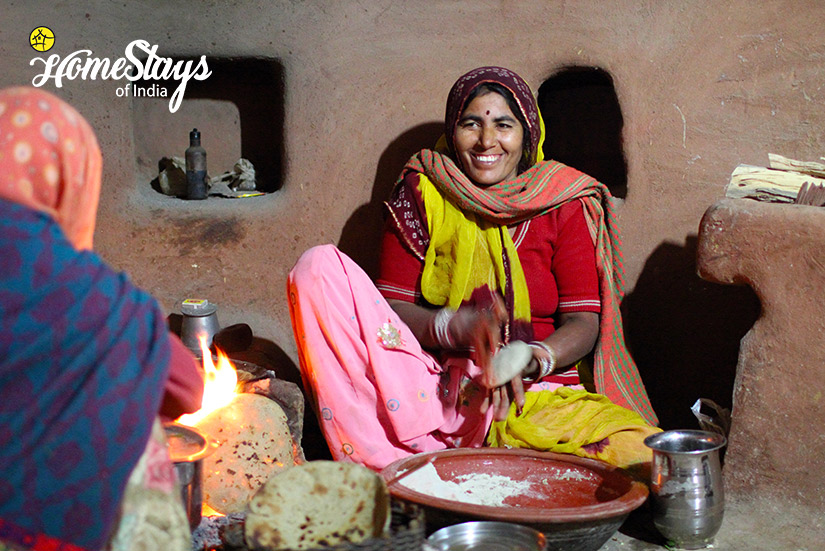 Cooking2_Salawas-Homestay-Jodhpur