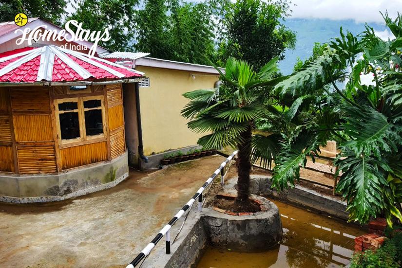 Dawaipani-Homestay-Darjeeling