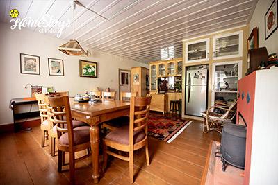 Dining-Room_Rukhla-Homestay-Kotkhai