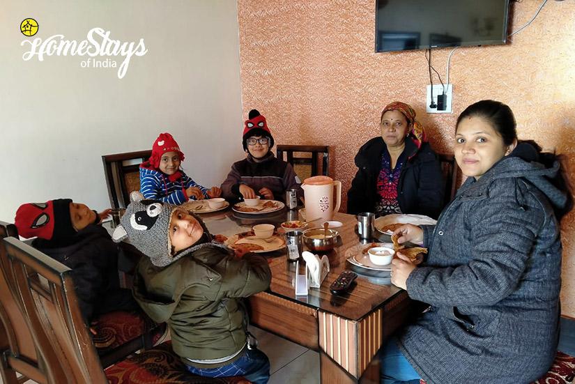 Dinner_Jagoti Homestay-Mashobra