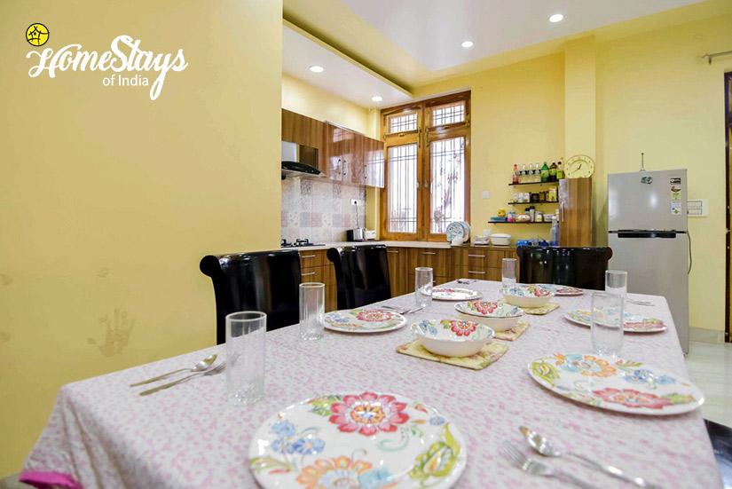 Dinning_Vaisali-Homestay-Jaipur