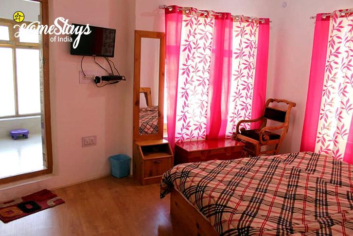 Double Room-Changspa Homestay-Leh