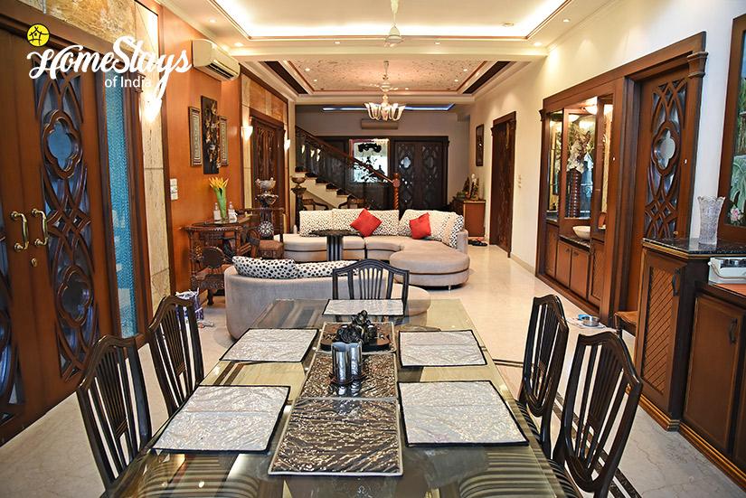 Drawing-Room-2_Minto-Park-Homestay-Kolkata