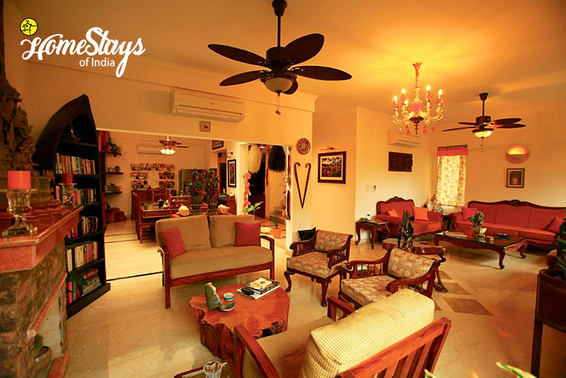 Drawing-Room_Dera-Bassi-Homestay