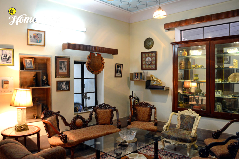 Drawing-Room_Peelwa Heritage Homestay_Jaipur