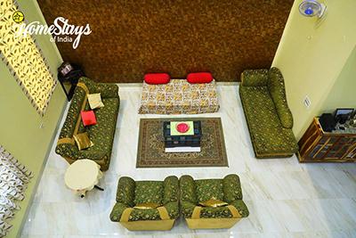 Drawing-Room_Vaisali-Homestay-Jaipur
