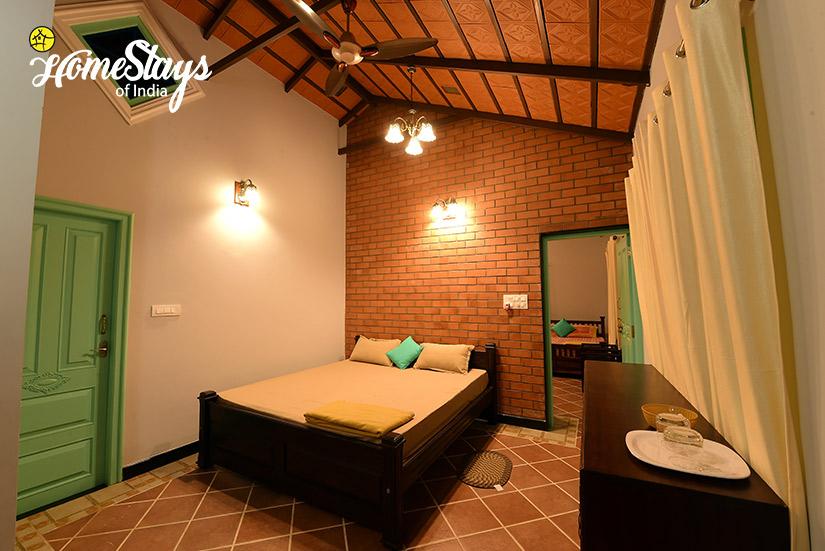 Eljay-Bedroom_Mugathihalli-Homestay-Chikmagalure