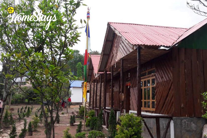 Exterior_Dhajea Village Homestay-West Bengal