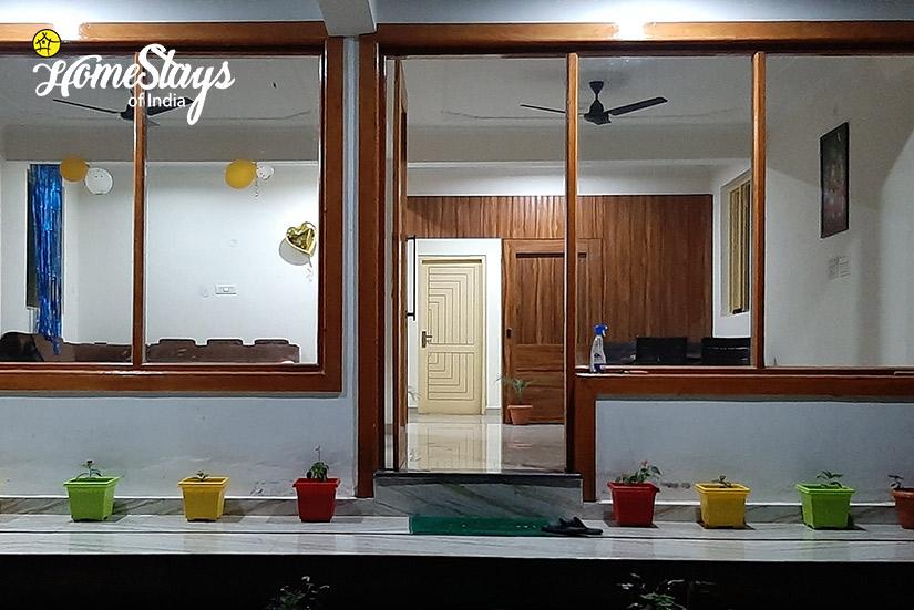 Exterior_Satobari-Homestay-Mcleodganj