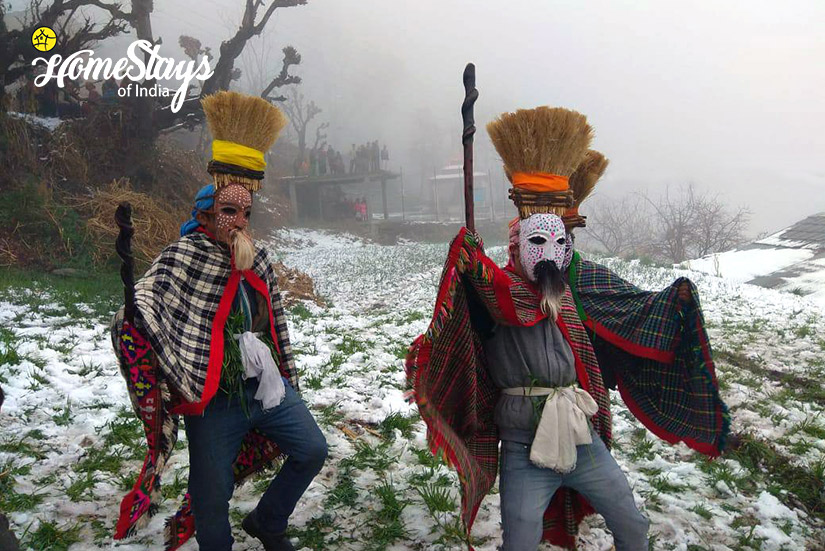 Fagli Festival-2-Ropajani-Homestay-Tirthan