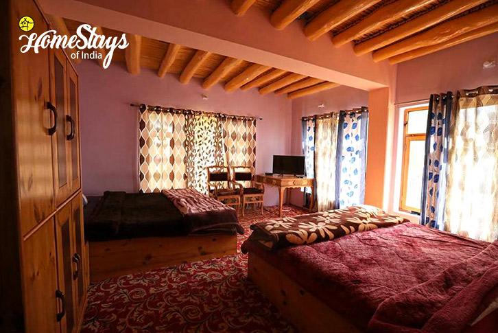 Family Room-2-Changspa Homestay-Leh