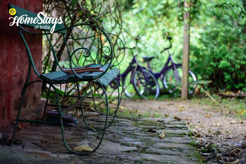 Garden-Bhimtal Heritage Homestay