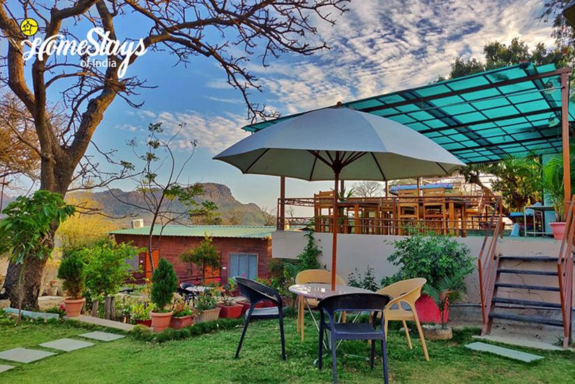 Garden2_Mount Abu Homestay-Rajasthan
