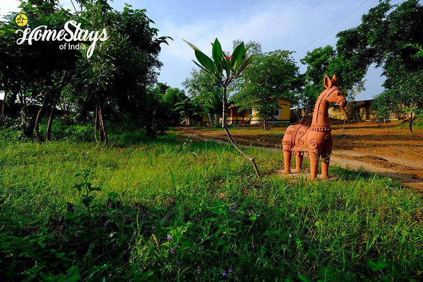 Garden_Channdaka-Homestay-Bhubneswar