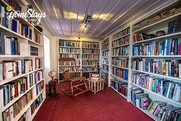 Library_Rukhla-Homestay-Kotkhai
