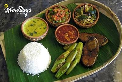 Local Food_Hazra Bagan Homestay