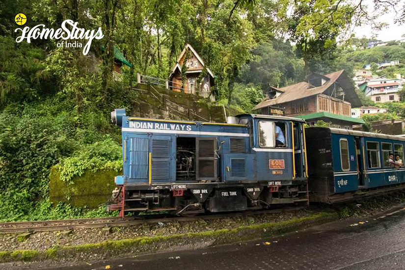 Local Train_Kurseong Homestay_Darjeeling