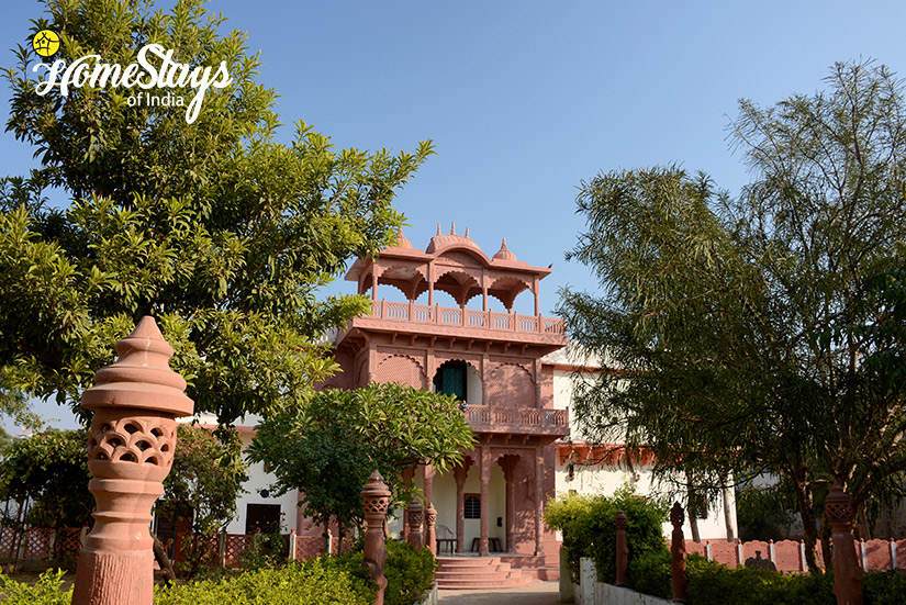 Lotwara-Heritage-Homestay