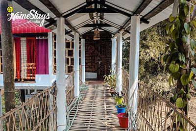 Main-Entrance_Majuli-Homestay